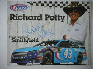 Richard Petty signed 2015 #43 SMITHFIELD Ford 7X CHAMP 8x10 Hero Card Coupons