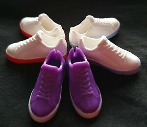 Creatable World Mock Lace-Up Trainers Sneakers 1:6 New Sindy doll feet 2.5x1cm