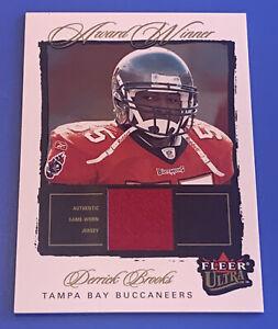 2003 Ultra Award Winner Jersey Derrick Brooks Tampa Bay Buccaneers Card