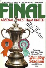 ARSENAL v WEST HAM UNITED 1980 FA CUP FINAL PROGRAMME SIGNED BY BILLY BONDS.