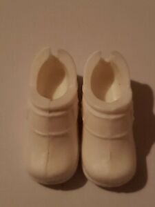 BARBIE DOLL WHITE BUSTER BROWN WORK SHOES FOR BARBIE DOLLS