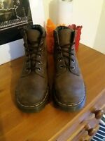 DR MARTENS SIZE 5 CHOCOLATE BROWN EX CON WITHOUT BOX WINTER BOOTS INDIE ALT