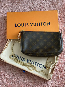 AUTHENTIC LOUIS VUITTON POCHETTE MINI ACCESSOIRES Pouch Purse MONOGRAM AR006