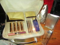 Limited Ed 18 Pieces:Eyeshadows,Brushes, Lipsticks,Makeup Set Vanity Case n GOLD