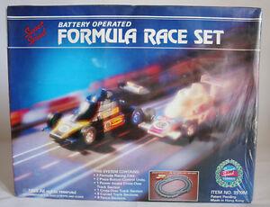 RARE VINTAGE 1985 SLOT CAR FORMULA RACE SET MADE IN HONG KONG NEW SEALED MISB !