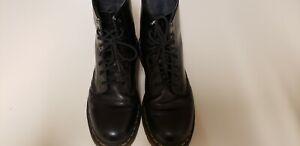 Doc Martin Vegan Boots Men's 9/Women's 10