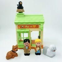 Happyland Village Vets Plus 2 Figures & 3 Animals With Sounds Bundle Free P&P