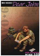 1/35 scale resin model kit – Dear John- Vietnam US Soldier reading a letter