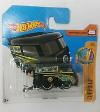 Hot Wheels Volkswagen Kool Kombi 2017