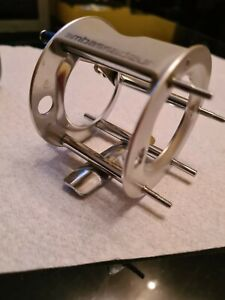 ABU 6501 L/H  GREY CAGE IN S VGUC + THUMB REST PLATE SCREWS+ LINE OUT ALARM SEE