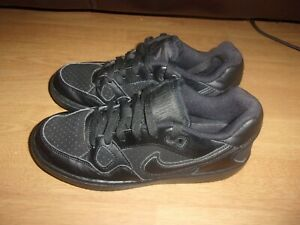 Nike Son of Force Black (older) boys trainers size 4