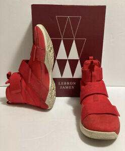 NIKE LeBron Soldier 10 SFG LUX University Red (911306 600) Size US MEN 12 EUC
