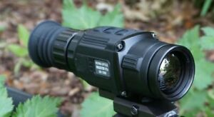 Bering Optics HOGSTER-R Compact Thermal Rifle Scope 1.4-5.6x25mm 50hz BE43025
