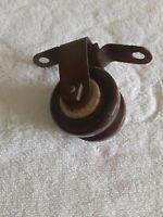 Brown Ceramic Insulator With Bracket