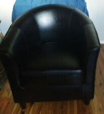 BLACK/BROWN FAUX LEATHER TUB CHAIR - EXCELLENT CONDITION