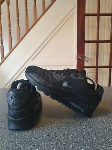 Nike Air Max 90 Essential Trainers Size Uk 8