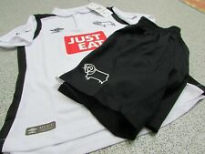 Umbro Derby County Junior Unisex Kids Home Kit 2016/17 (Shirt & Shorts Only)