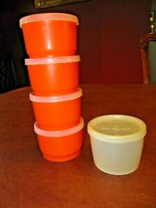 Vintage Tupperware Small Snack Cups w/ Lids (5) #1229  USA