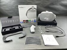 Oculus Go All-In-One Standalone VR Headset 32GB W/ Box & Accessories