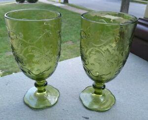 SET OF 2 PRINCESS HOUSE FANTASIA   BEVERAGE GLASSES GREEN WATER GOBLETS