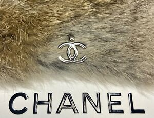 CHANEL CC Silver button metal zipper pull 21mm