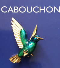 CABOUCHON GOLD PLATED & GREEN ENAMEL KINGFISHER BROOCH