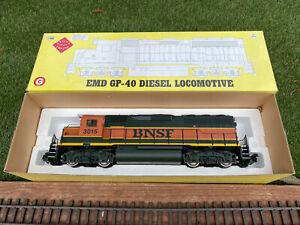 AristoCraft EMD GP-40 Diesel Locomotive