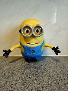 Despicible Me Rubber Talking Dave Minion ~ Thinkway Toys ~ 20cm tall ~ GC!