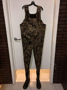 """Frogg Toggs """"Amphib"""" RealTree Camo Boot Foot Cleated Waders size 12 used once"""