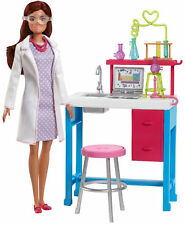 Barbie SCIENTIST DOLL and SCIENCE LAB PLAYSET