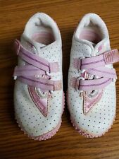 Sketchers Girls Sneakers Size 8 Leather Upper, Pink & White. Super Cute!
