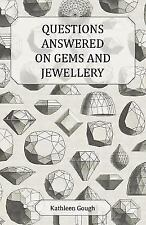 Questions Answered on Gems and Jewellery (Paperback or Softback)