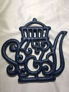 Blue Cast Iron WMC  Metal Teapot Shaped Kitchen Trivet, Wall Plaque 3 Footed