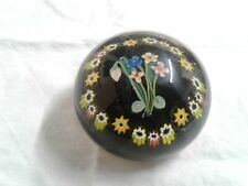 VICTORIAN ANTIQUE GLASS PAPERWEIGHT