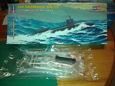 En parfait état, dans sa boîte 1/700 USS Greeneville SSN772