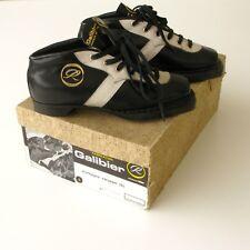 Exceptionnelle et ancienne paire de Chaussures de ski de Fond - Galibier - Cuir