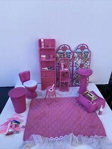 Vintage Barbie Beverly Hills bath furniture with vanity accessories RARE 1980s