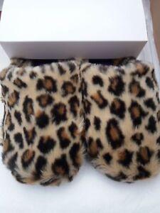 Ladies Isotoner Pillowstep Faux Fur Mule Slippers In Beige Leopard Fur