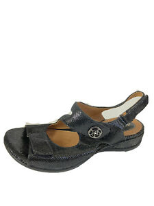 clarks artisan sandals 8.5 W Black Leather Snakeskin Strappy Comfort Shoes NEW