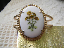 Floral Cabachon 2 1/2x2 Wide Nice Beautiful Clamp Bracelet Gold Tone Signed