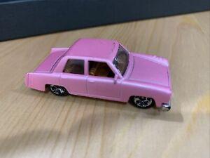 Hot Wheels The Simpson's Family Car - 2014