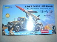 RENWAL(REVELL)-1/32- #7824- LACROSSE MISSILE