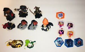 Disney Infinity Lot 9 Figures, 8 Power Discs. Incredibles. Pirates    Str05