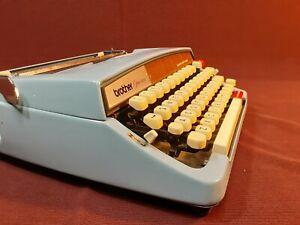 Vtg Brother Webster Opus 889 Blue Portable Typewriter w Case