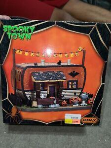 Lemax Spooky Town 2017 CREEPY CAMPER #75186 Lighted Halloween Village display