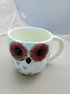 Owl Shaped Ceramic Coffee Mug/ Cup - molded Feathered wings * hearts on Owl Body