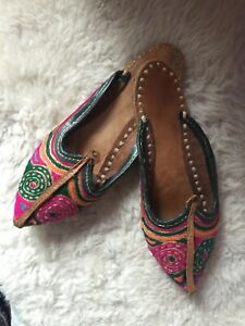 Ladies Handmade INDIAN SHOES Vintage Embrodiery 4/36/37 Mules Slippers