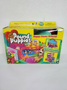 Vintage Galoob 30410 Pound Puppies Happy Home Hideout Playset Complete