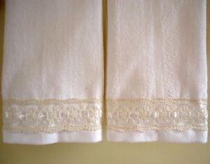 ORGANZA LACE Fingertip or Guest Towels (2) WHITE Velour Cotton NEW by UtaLace