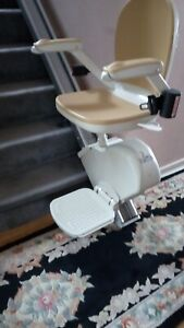 Acorn Stairlift straight 13 Step 4 Years Old Fully Serviced